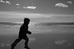 D running on Gooch's b+w