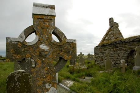 Cross at Doolin cemetery