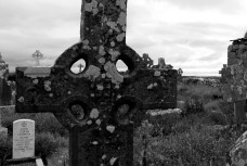 Doolin cemetery B+W