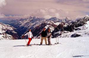 Skiing Stubai Glacier, before kids