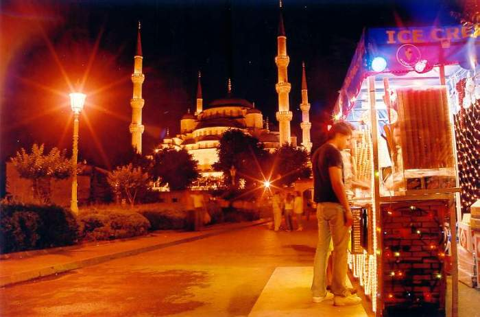 Ice cream stand and Blue Mosque