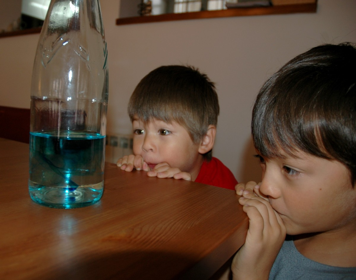 Easy Science Experiments for Kids: Water