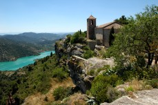 Siurana church and lake