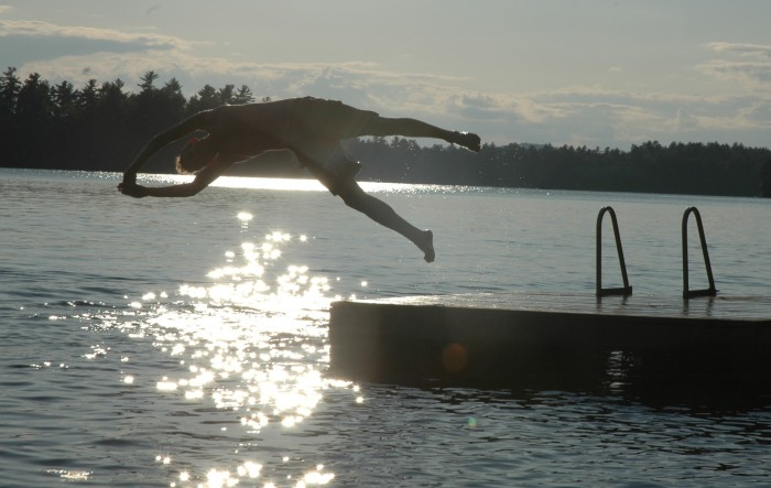 matt diving off dock2