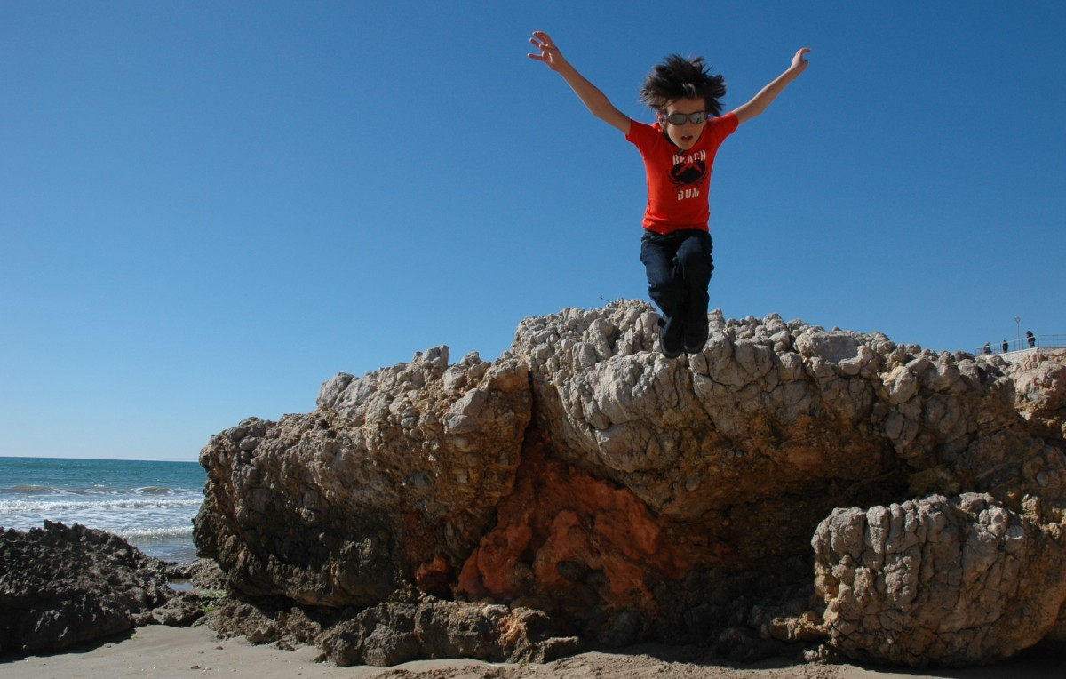 D jumping from rocks